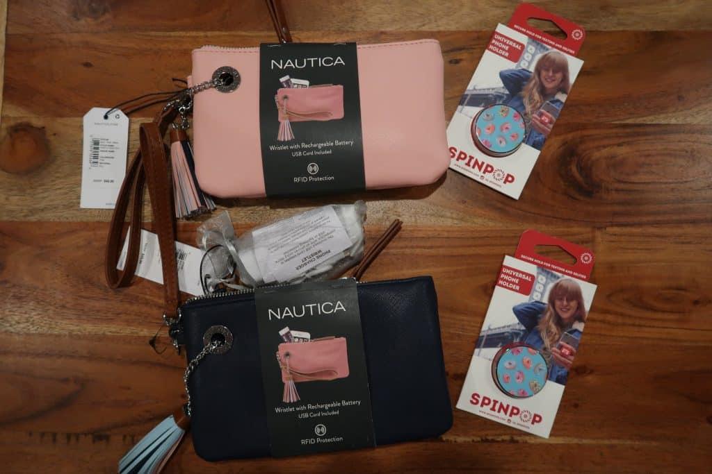 giveaway-nautica-wristlet
