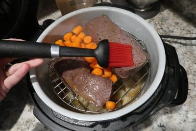 venison roasts in pressure cooker