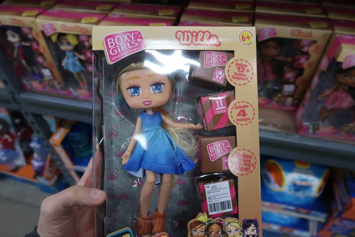 boxy girls at BJs wholesale club